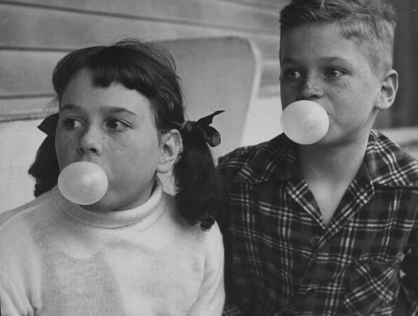 Nina Leen1953 balloon boy and girl