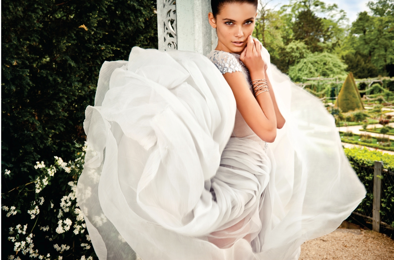Tayane Leao Melo by Raphael Delorme and Thierno Sy (The Garden Party - Mojeh #9 July-August 2012)