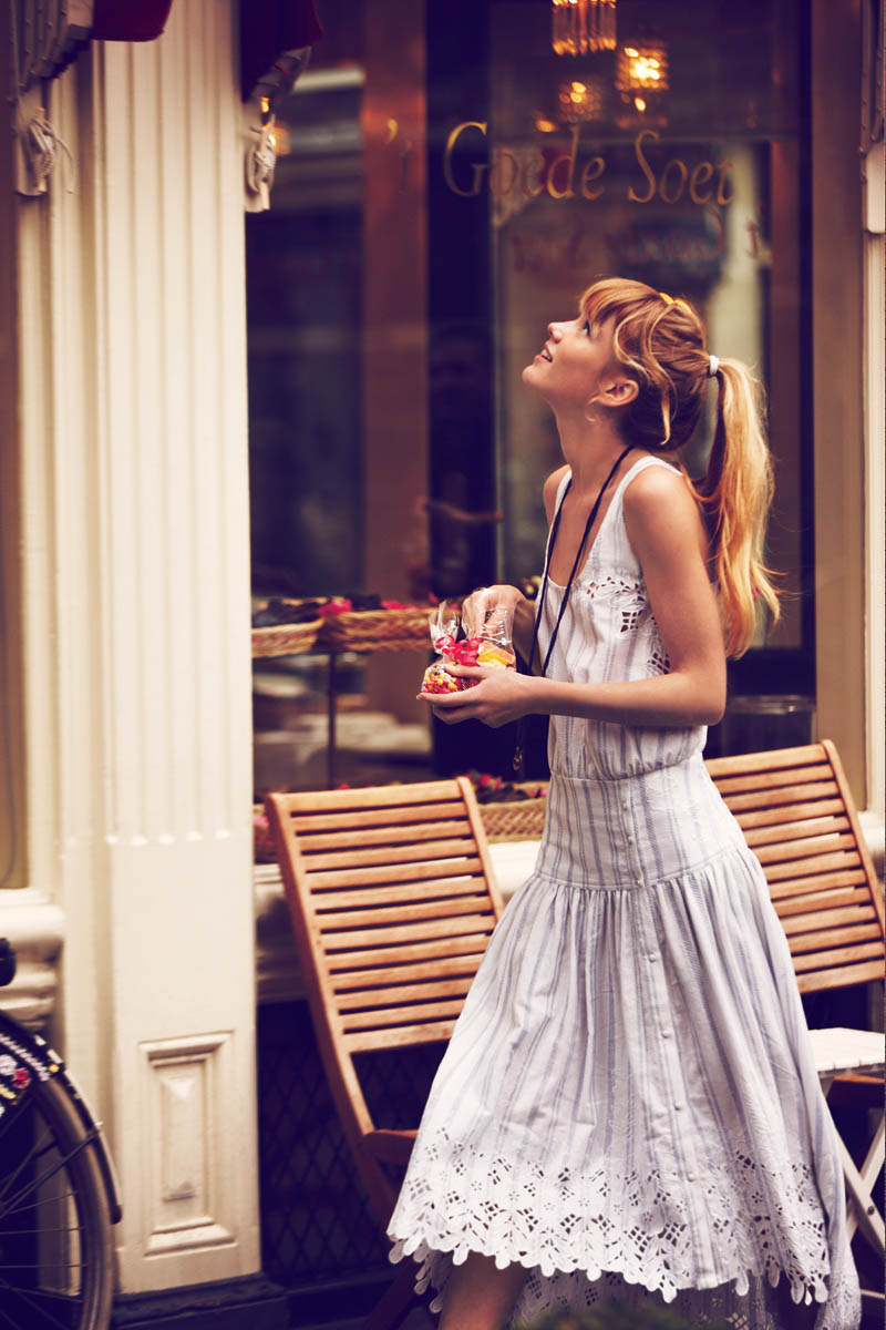 Girls on bikes by Guy Aroch for Free People 1