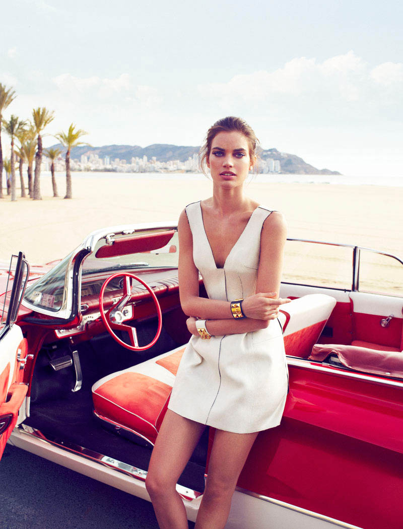 Rianne ten Haken in Retro Fitted by Xavi Gordo for Elle Spain March 1