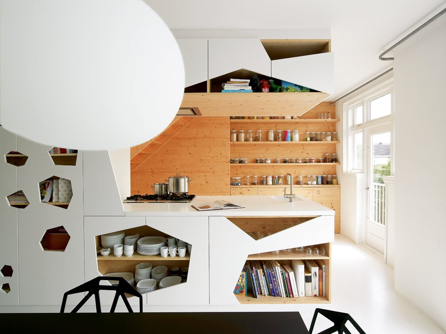White and wood Amsterdam apartment by i29 architects 3