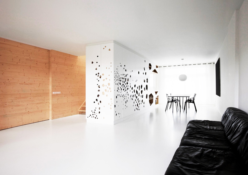 White and wood Amsterdam apartment by i29 architects 4