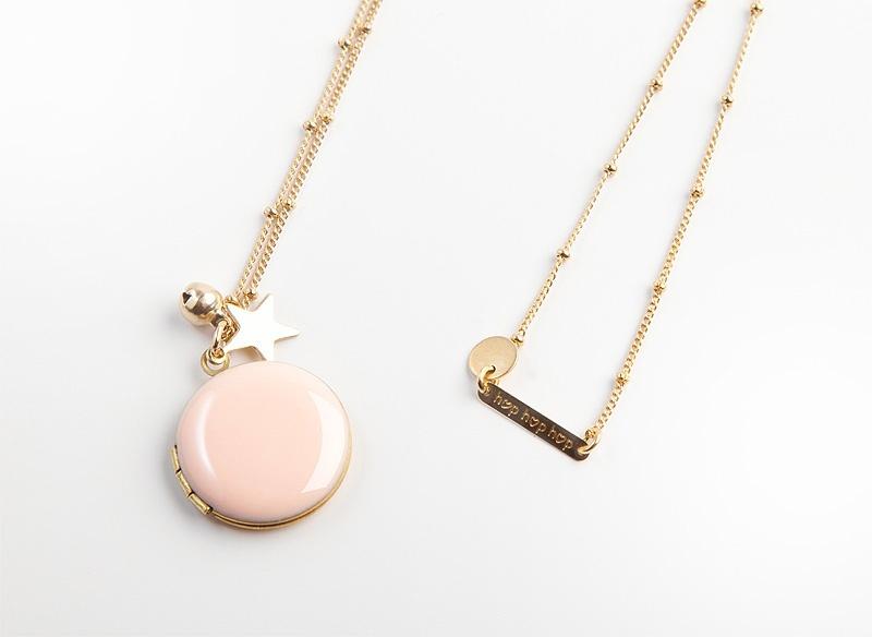 jelanie-locket-pendant-powder-pink-by-hop-hop-hop