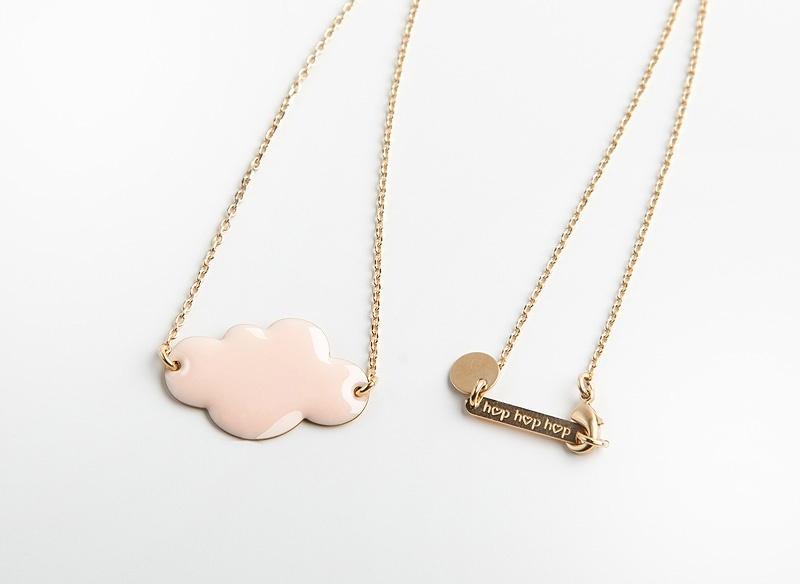 jelanie-mini-cloud-necklace-powder-pink-by-hop-hop-hop