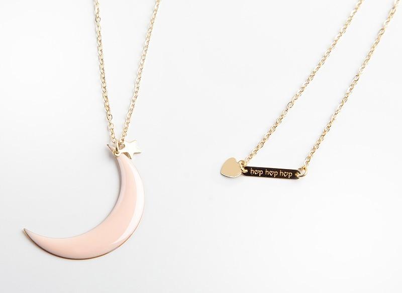 jelanie-moon-long-necklace-powder-pink-by-hop-hop-hop