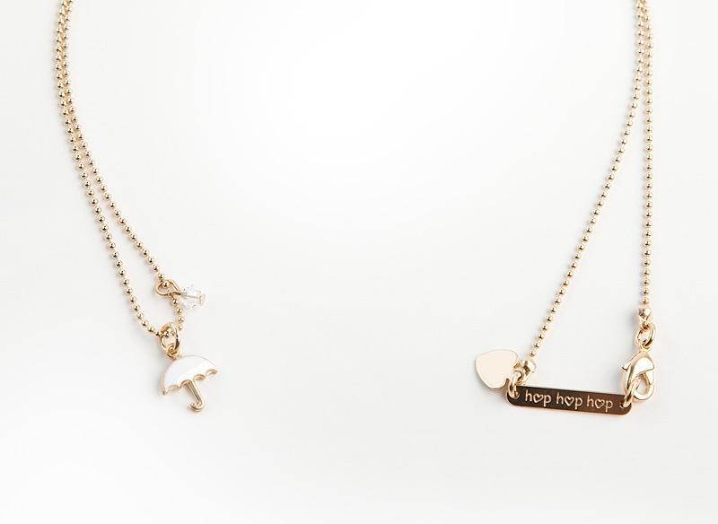 jelanie-umbrella-necklace-white-by-hop-hop-hop