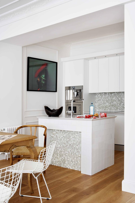Eclectic San Sebastian apartment of spanish interior designer Mikel Irastorza 5