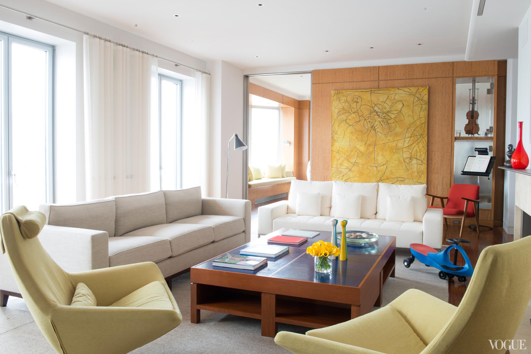 The New York City apartment of Ferebee Taube 4