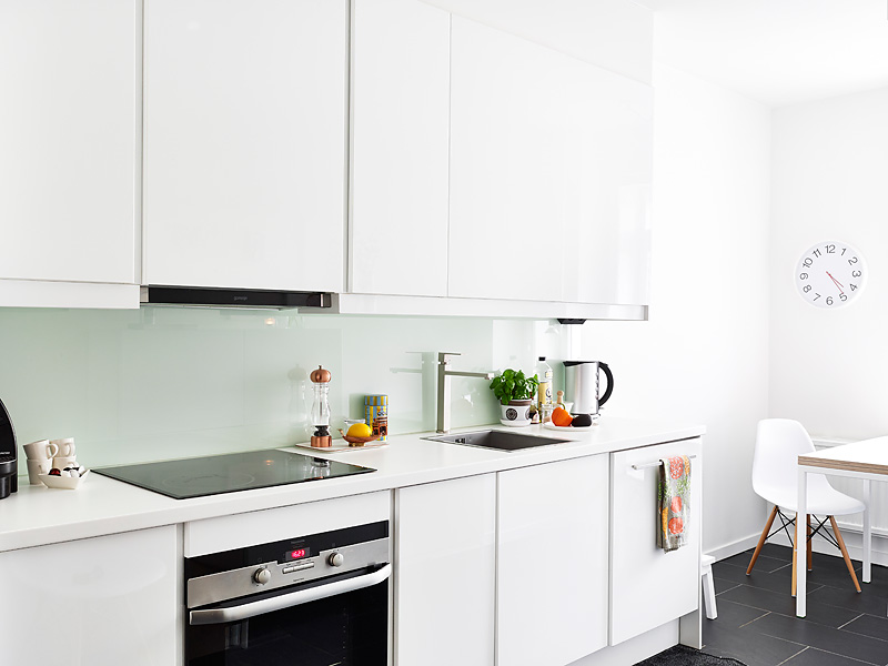White sunny Swedish home 12