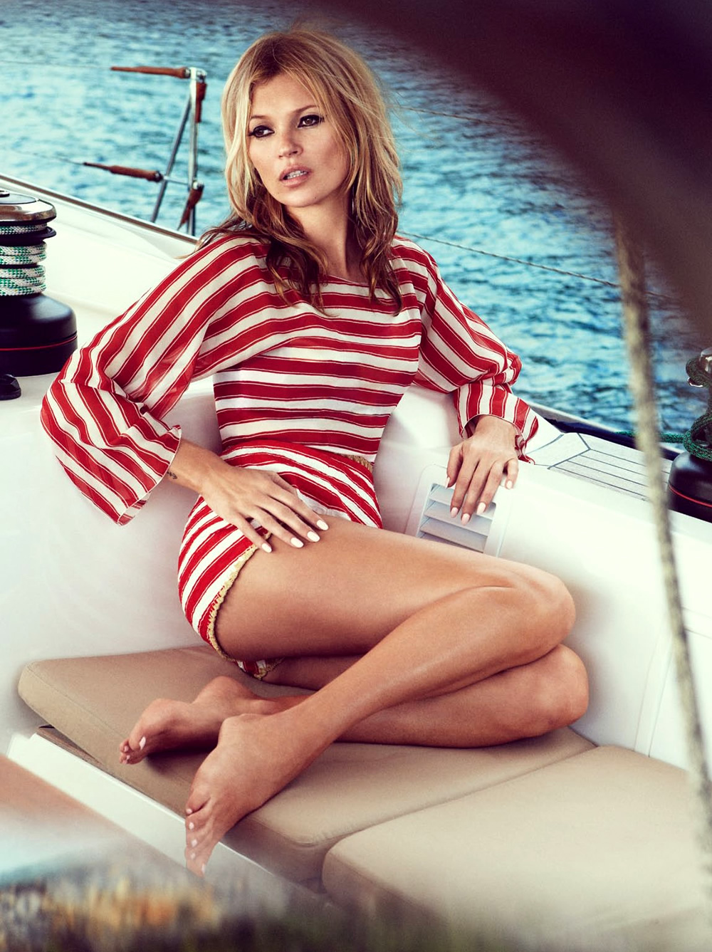 60s styled Kate Moss by Patrick Demarchelier for Vogue UK June 2013 9