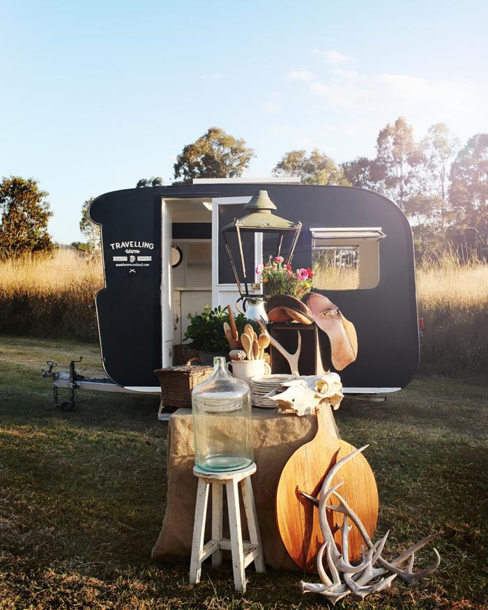caravan Kara Rosenlund A vintage shop on wheels 2