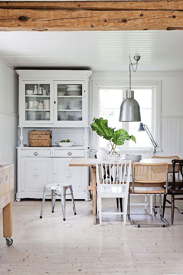 White renovated farmhouse in Sweden 2