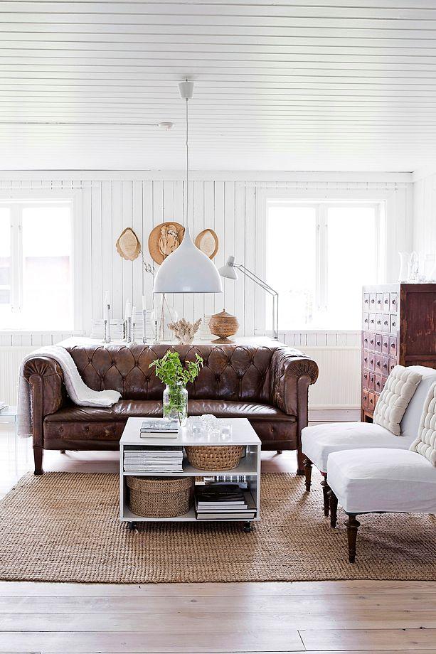 White renovated farmhouse in Sweden 3