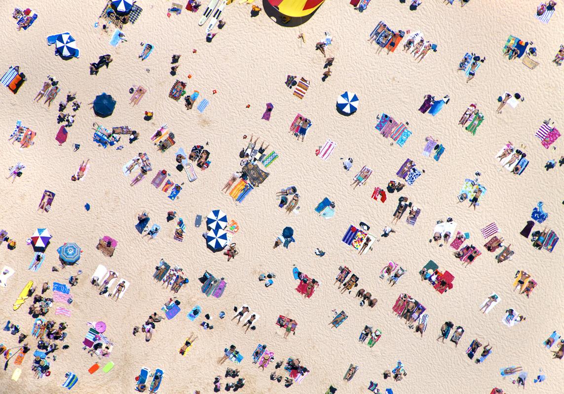 Gray Malin A La Plage A La Piscine bondi-beach-horizontal
