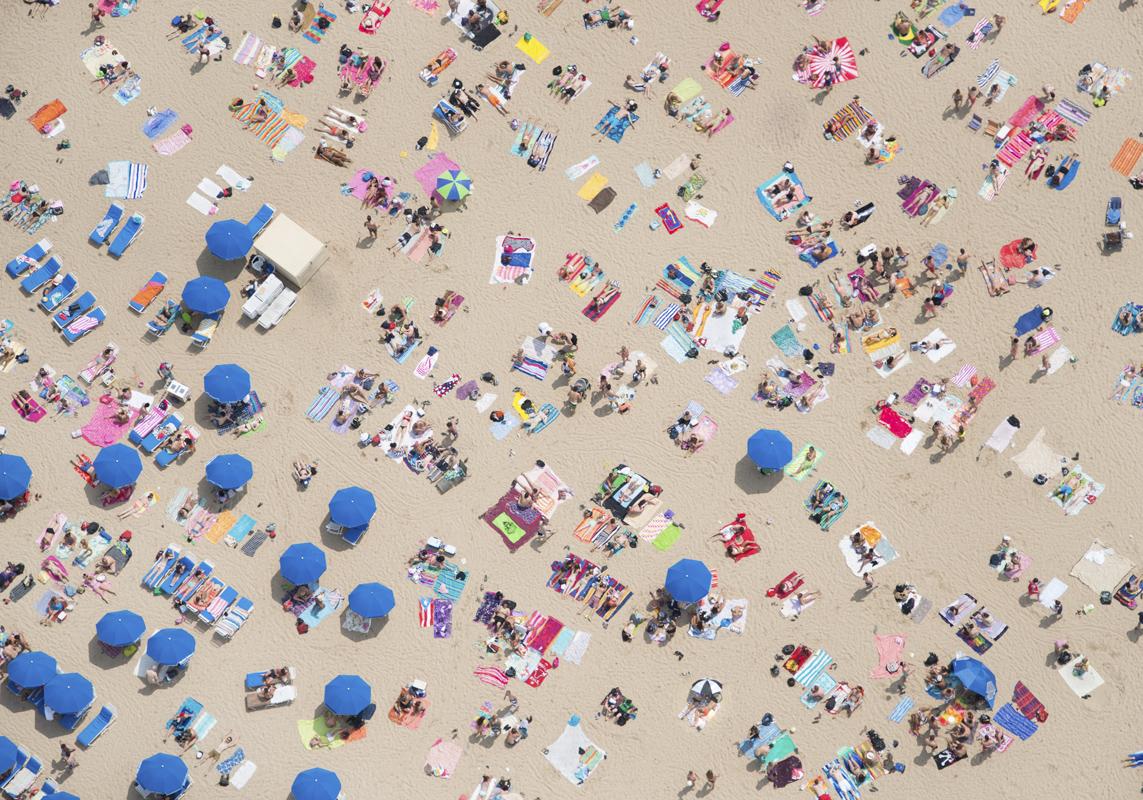 Gray Malin A La Plage A La Piscine oak-street-beach-blue-umbrellas