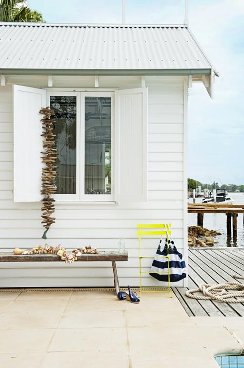 Australian small beach house 1