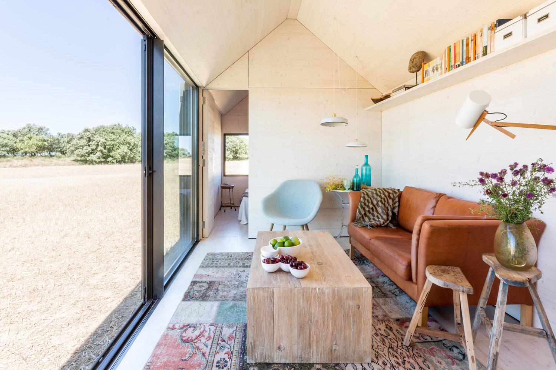 Portable home by architecture studio ÁBATON 11