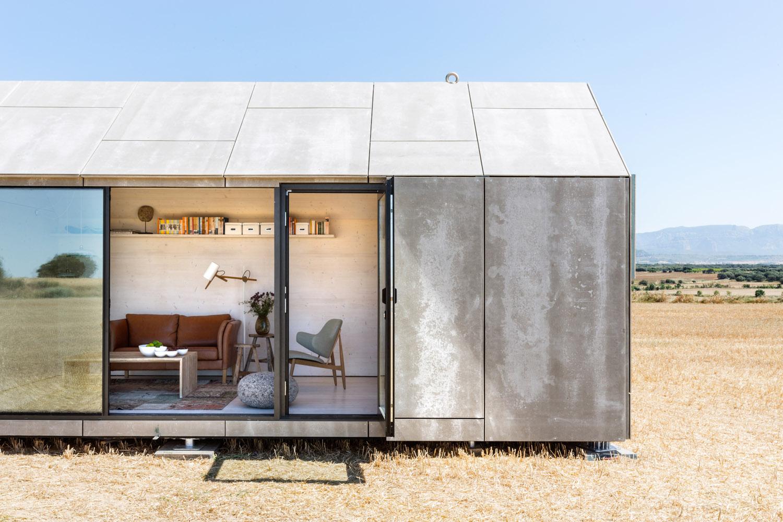 Portable home by architecture studio ÁBATON 8