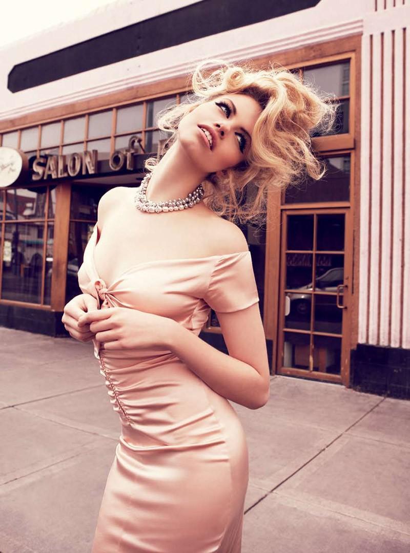 Viva, Las Vegas Hailey Clauson by Nicole Bentley for Vogue Australia 10