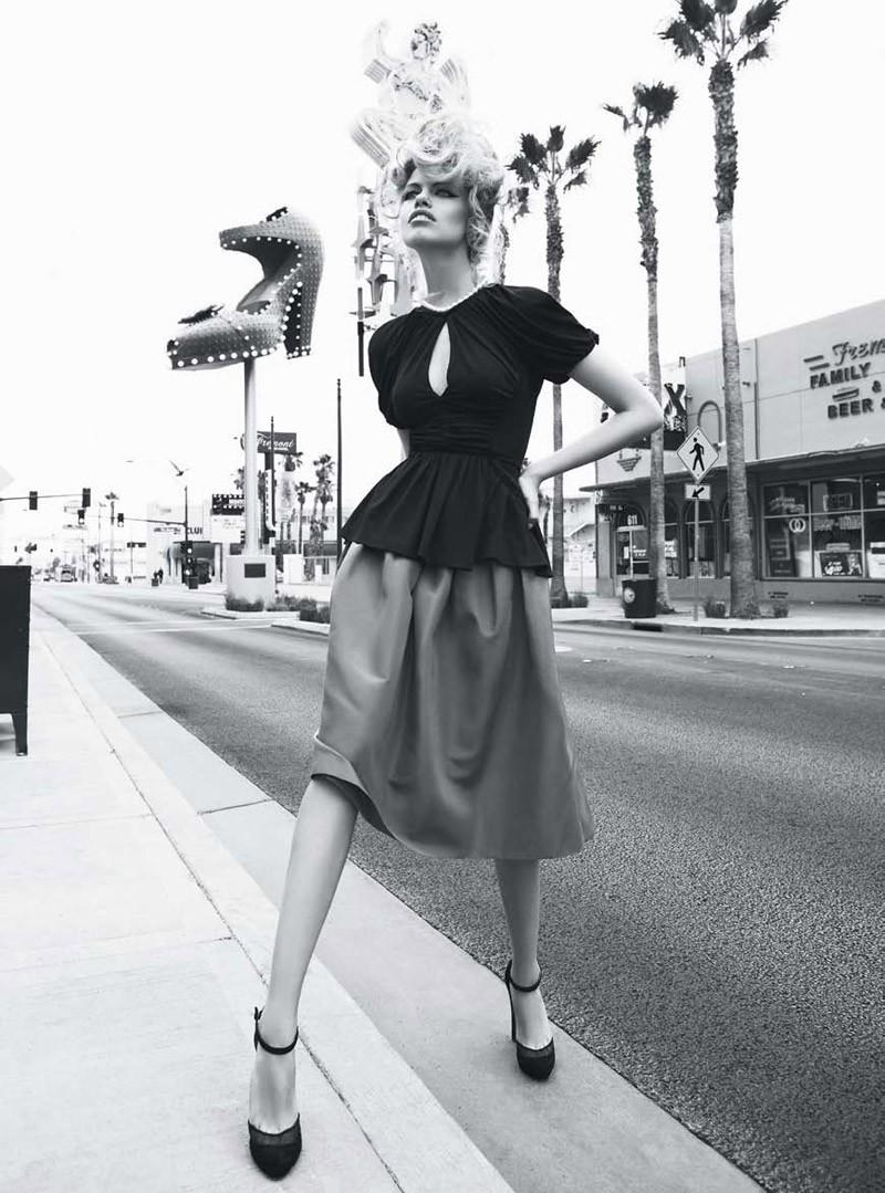 Viva, Las Vegas Hailey Clauson by Nicole Bentley for Vogue Australia 8