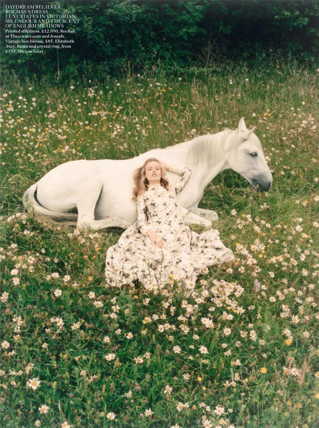 Dream-a-little-dream-Georgia-May-Jagger-by-Venetia-Scott-for-Vogue-UK-October-2013-7