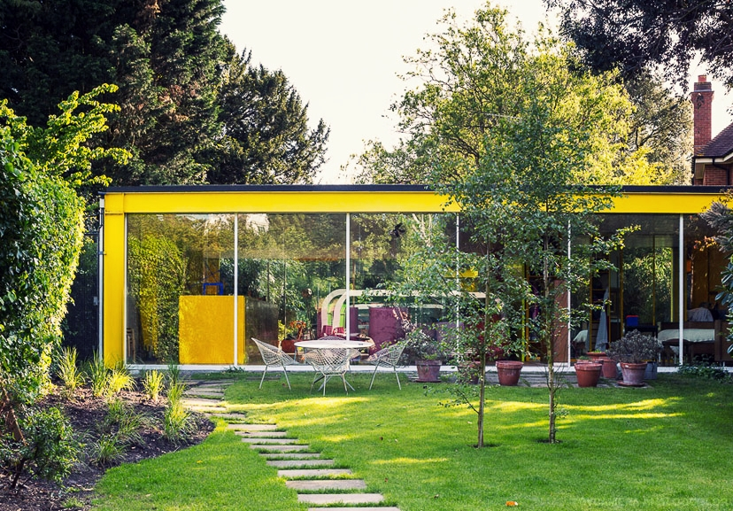 The colourful Rogers House in Wimbledon 10