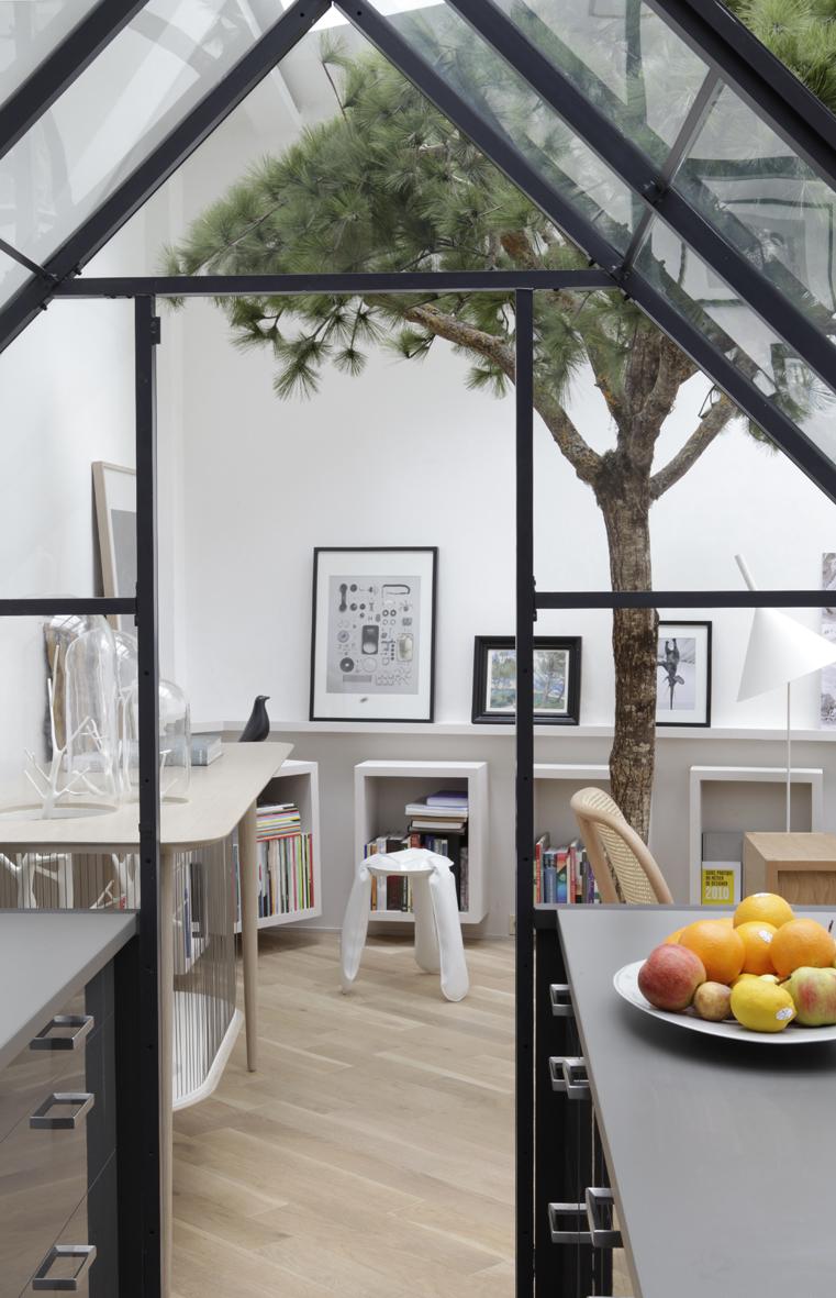 Paris Loft Apartment by Grégoire De Lafforest - Jelanie 4