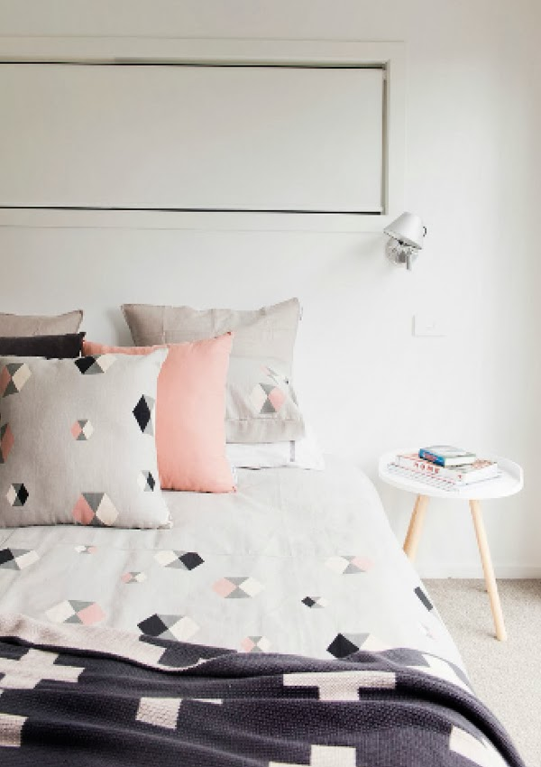 Scandivian-Home-bedroom - Jelanie
