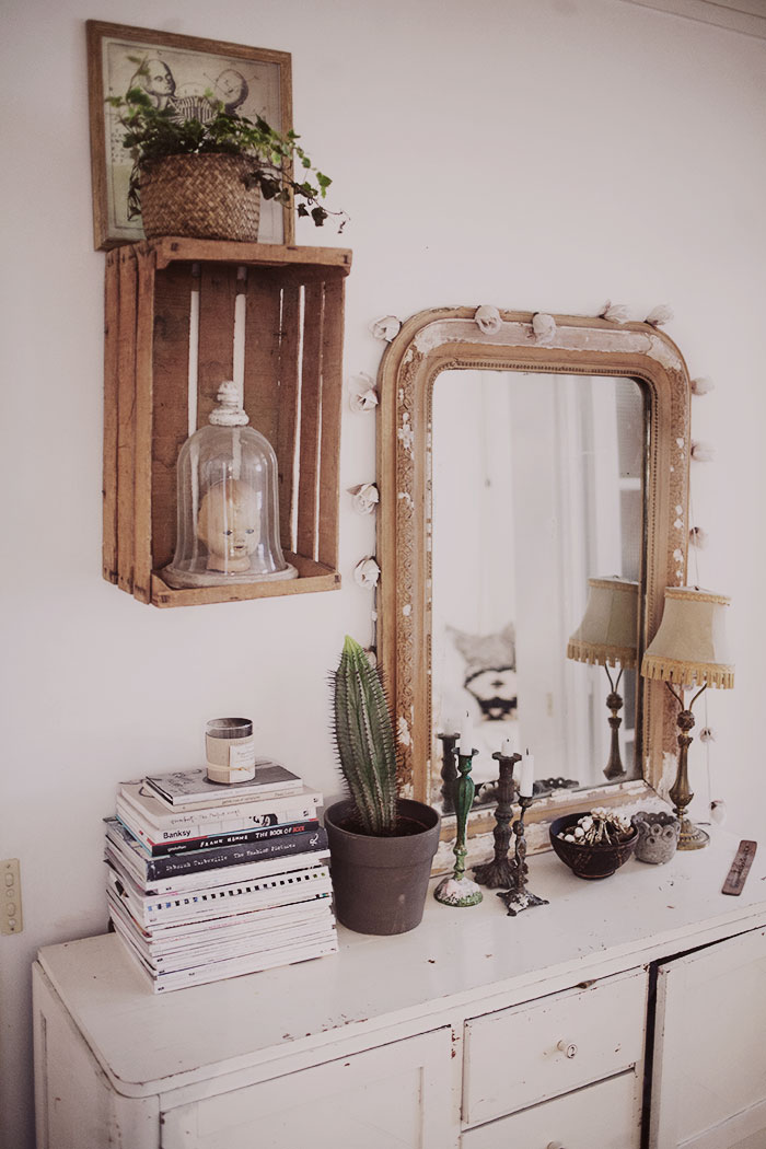 Jelanie blog - The romantic Paris home of Anna Malmberg 3