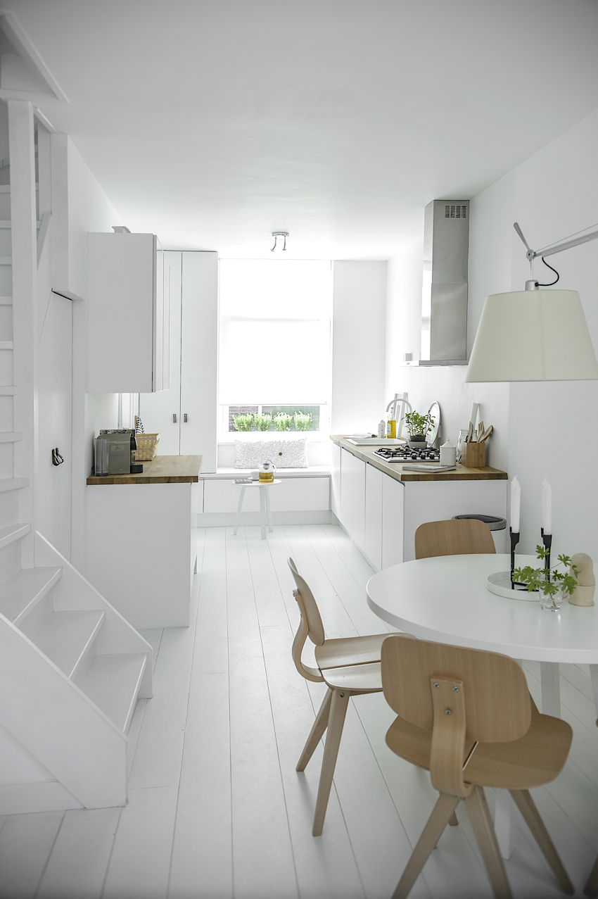 Jelanie blog - White and light home in Delft 1