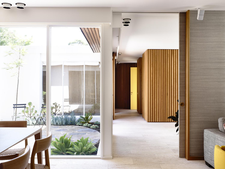 Jelanie blog - Australian contemporary home by Kennedy Nolan 7