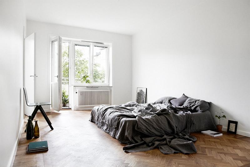 Jelanie blog - Minimalist bedroom in grey 2