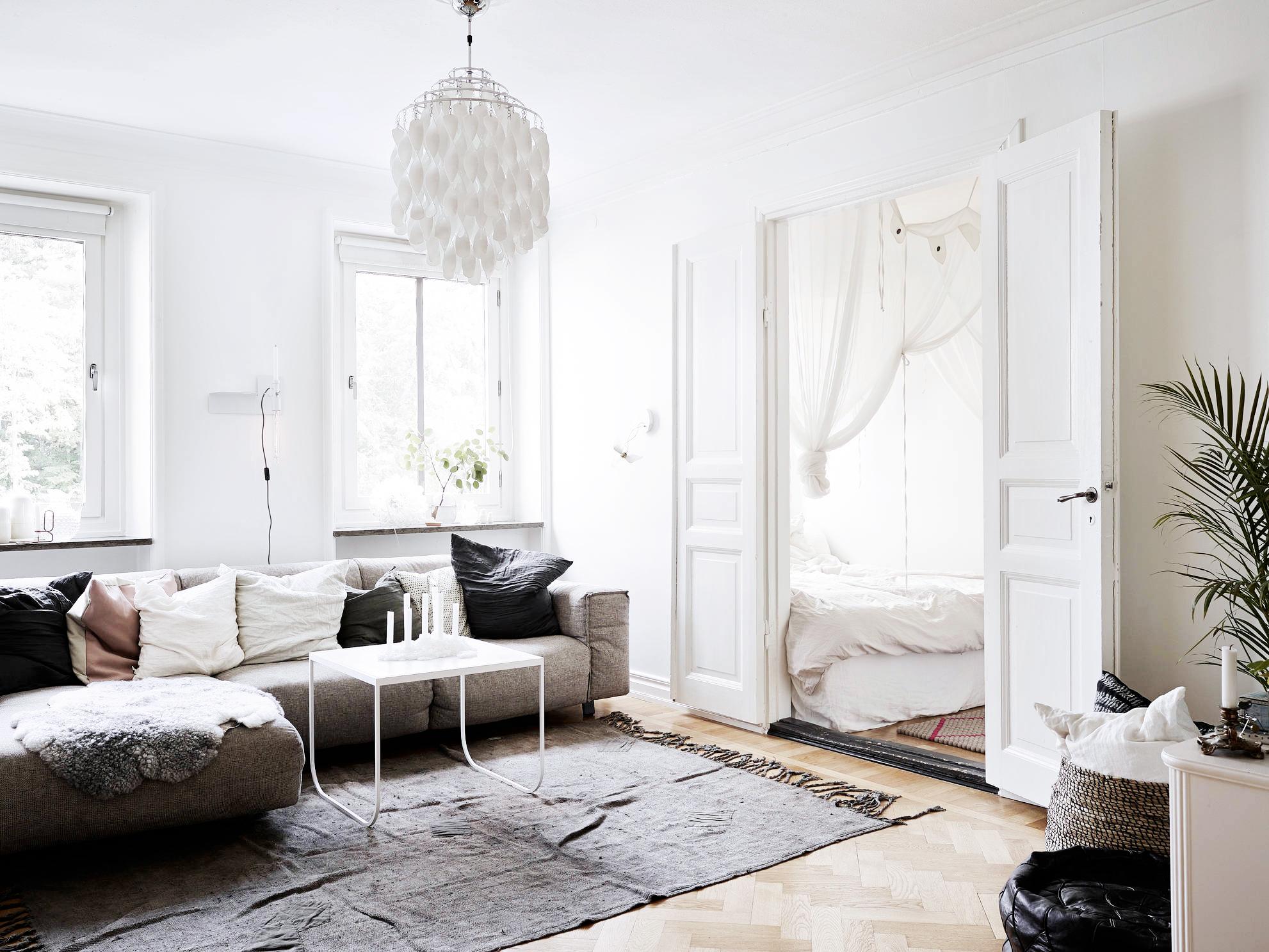 Jelanie blog - Small Scandinavian home - living room 2