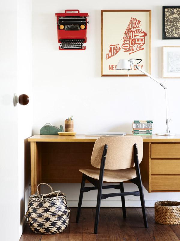 Jelanie blog - The Melbourne home of Suzy Tuxen and Shane Loorham - desk