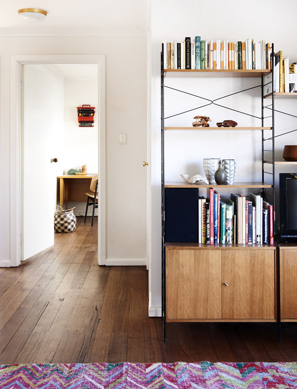 Jelanie blog - The Melbourne home of Suzy Tuxen and Shane Loorham - shelving