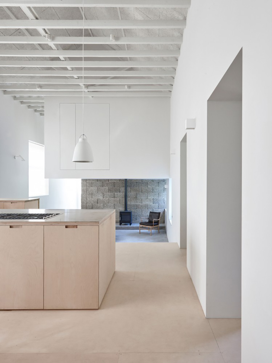 Clean-industrial-home-by-McLaren.Excell-2